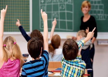 O Que Deve Saber Antes de Matricular o Seu Filho numa Escola
