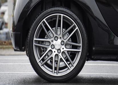 Troca de pneus: tudo o que precisa de saber